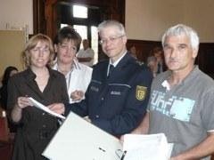 6.000 Unterschriften für Erhalt der Kripo vor Ort
