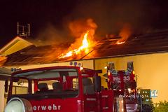500.000 Euro Schaden bei Brand einer Produktions- und Lagerhalle