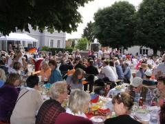 "Nach dem Bachgassenfest ein ""Picknick am Schloss"""