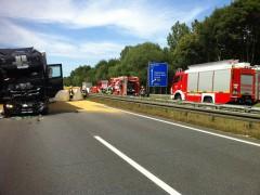 Lkw-Fahrer stirbt nach Auffahrunfall